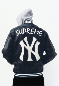 supreme-spring-summer-2015-lookbook-05-320x463