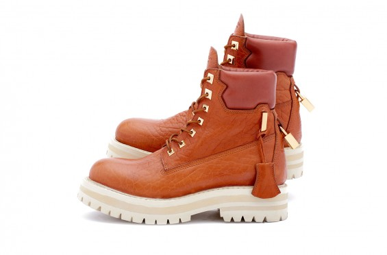 buscemi-site-boot-whiskey-02-565x372