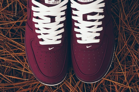 nike-air-force-1-night-maroon-2-1-565x372